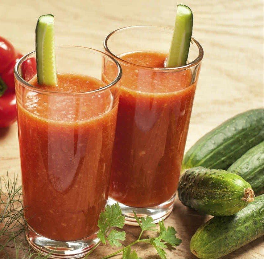 Jugo de pepino tomate