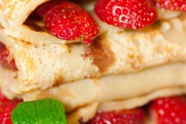 Receta de crepas light con fresas y queso